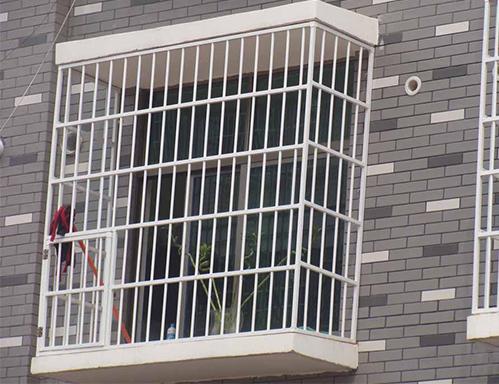 别墅不锈钢防盗窗